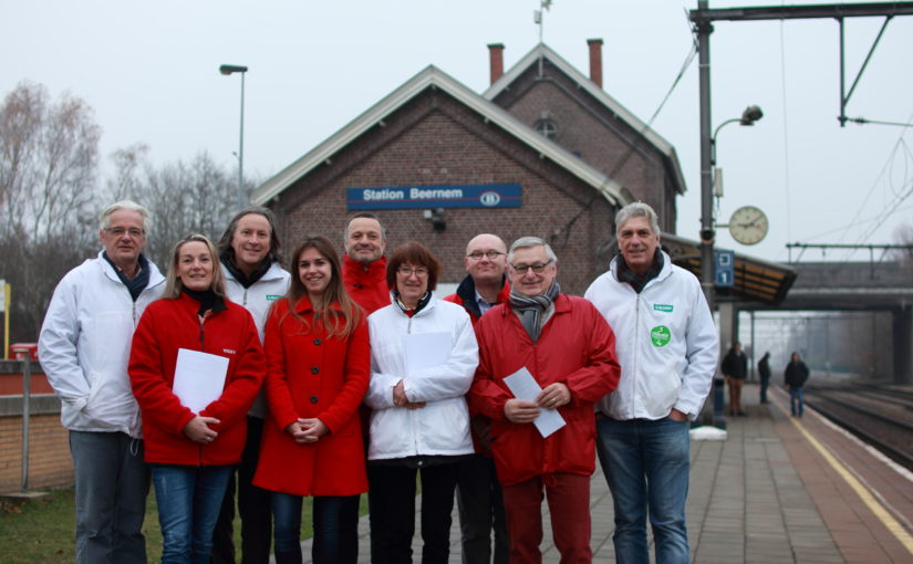 Vicky Reynaert kaart verslechterende dienstverlening NMBS in Beernem aan bij minister voor mobiliteit Bellot